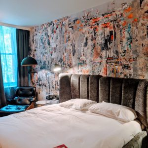 A London Hotel For your next London Trip, plus 'Heres to 19 years'…..