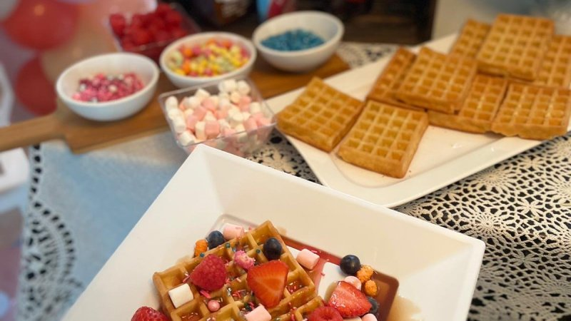 DIY Your Own Waffle Bar. Tips and Ideas