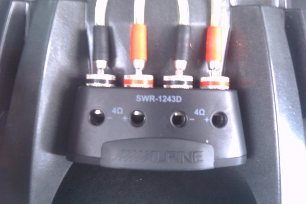 Alpine Type R 12 Wiring