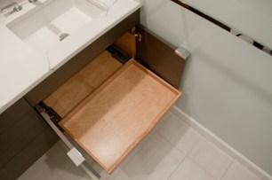 130 vanity drawers right