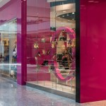 A'gaci Clothing Store A Cutting Edge Glass Mirror of Las Vegas
