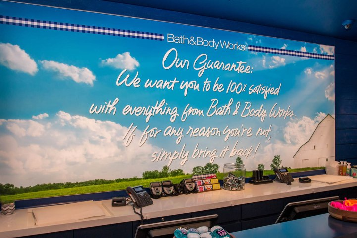 Bath & Body Works Wall Slogan - A Cutting Edge Glass & Mirror
