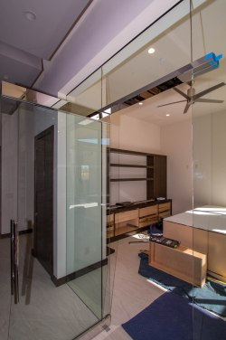 Close-up Heavy Glass Office Wall & Door System