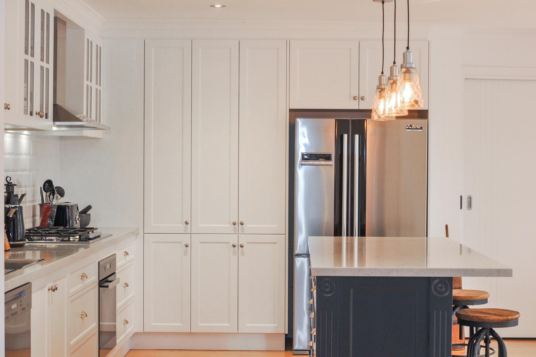 Feature Hamptons Style Kitchen Mount Martha Mornington Peninsula Ac V Kitchens Melbourne