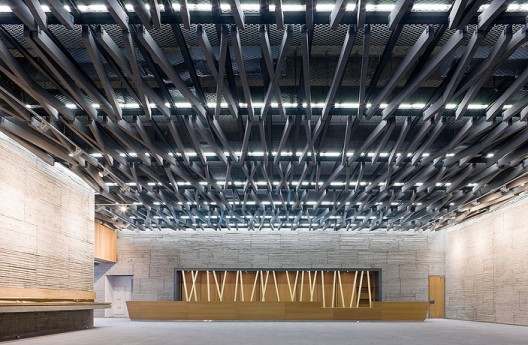 Ningbo Historic Museum / Wang Shu, Amateur Architecture Studio (8) © Iwan Baan