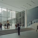 AD Classics: The Museum of Modern Art View of the lobby overlooking the Sculpture Garden. Image © Timothy Hursley