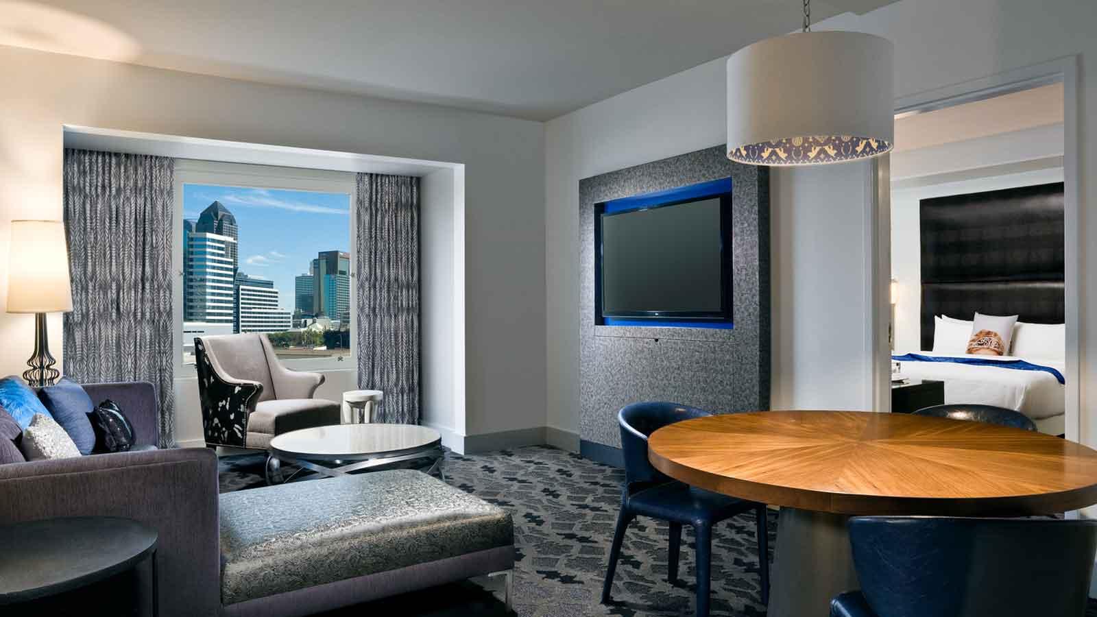 Downtown Dallas Hotel Rooms  W Dallas  Victory Hotel