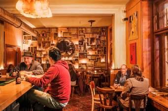 Endstation: Die trendige Bar Bukowski's empfiehlt sich für einen Absacker.