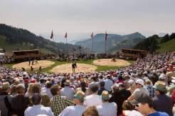 Herren der Ringe: Ein Schwingfest ist mehr als nur eine Sportveranstaltung - es ist Volksfest und Spektakel zugleich
