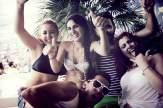 Himmlisch gute Laune im Super Paradise Beach Club.