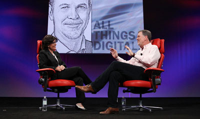 Host Kara Swisher has a conversation with Netflix CEO Reed Hastings at the D9 Conference.