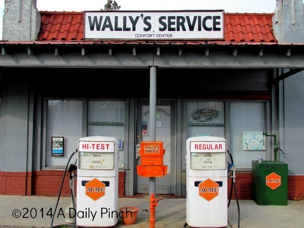 Mayberry, NC: Wally's Service Station