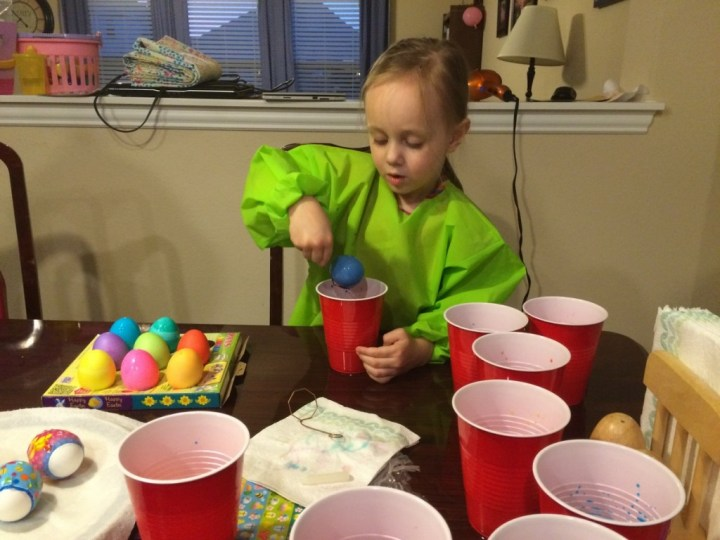 Coloring eggs