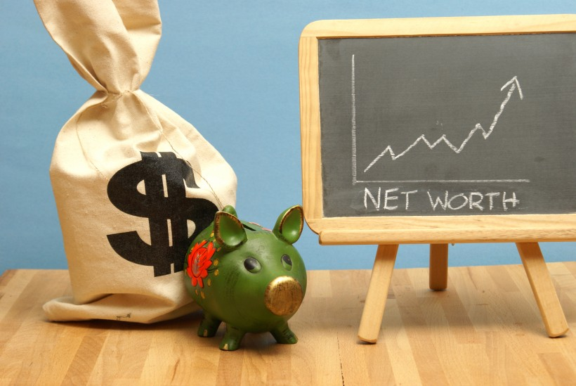 calculate net worth what you own minus what you owe