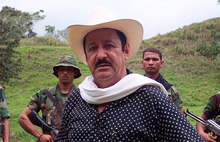 Paramilitary leader Hernán Giraldo