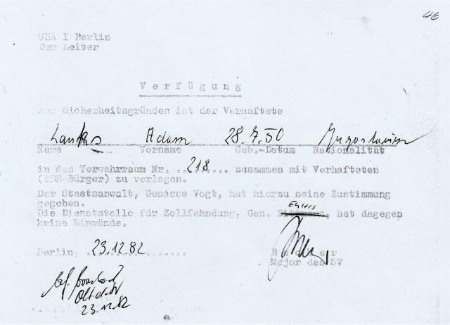 Zersetzung von Adam Lauks 1982.12.23.2