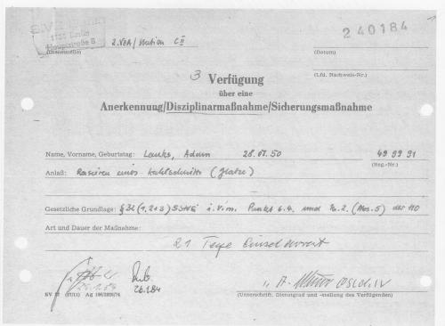 Wegen Glatzeschneiden - Kahlrasur 21 Tage Arrest  - Korrekt !??