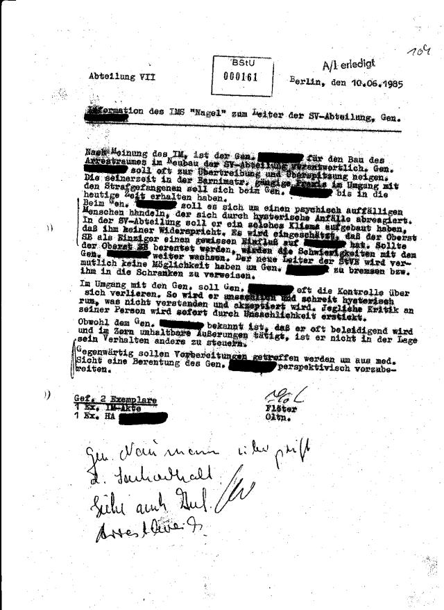 HA VII ( Oberleutnant Flöter ) Oberst Schmidt.- Bock und das MdI Dr. Naumann wurden wenn auch spät über die Folterungen und Terror an den Strafgefangenen informiert. Der Psychopat der das Bett gebaut hatte wird von Roland Jahns BStU geschützt auch nach 25 Jahren durch das von Gauck und STASI mitentworfenes StUG !??