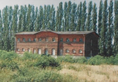 """Haus  8 -  Zuchthaus  Berlin Rummelsburg. Hier  beherbergte  IME NAGEL sogar seinen  Generalsekretär Erich Honecker und  betreute """"lückenlos"""" auch den Doppelmörder Erich Mielke. dem er Eid geleistet hatte."""
