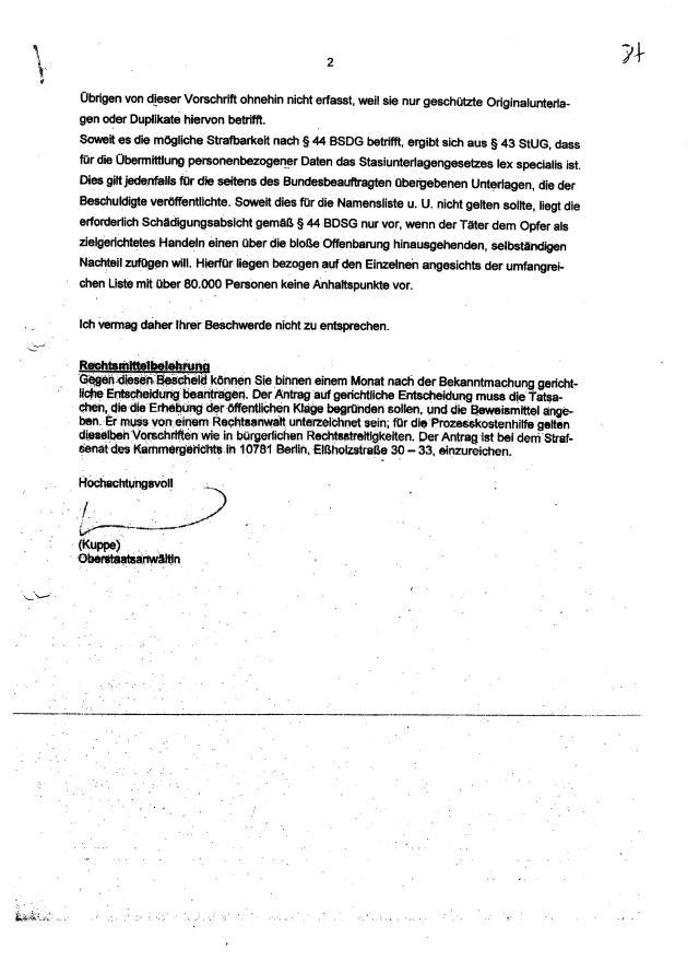 Der Welpenschutz für ehemalige STASI-Mitarbeiter vor der Berliner Justiz müsste zu Ende gehen, nach 25 Jahren!? Per falsche eidesstattliche Versicherung ( Straftat nach StGB) ein Folteropfer an rand der Existenz zu jagen... ist das die Aufarbeitung der Berliner Justiz !?? Bis zu drei Jahre Knast stehen dem RA Helge Bayer zu !
