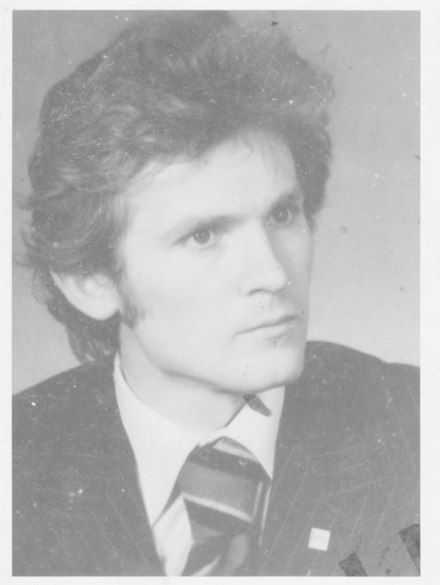 Meinen ersten Job bekam ich in der Repräsentanz von Ljubljanska banka in Berlin DDR ( Bild aus dem Fahrerlaubnis 1977)