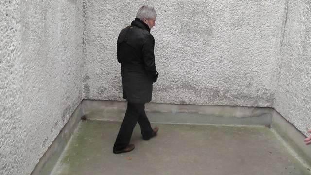 """Chefaufklärer von Merkels Gnaden Roland Jahn gauckelt dem Fotografen eine """"Freistunde"""" vor im Knabes """"TIGERKÄFIG"""