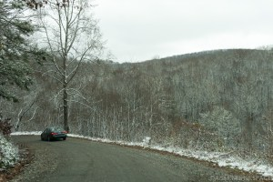Max Patch Mountain - Driving down the mountain road