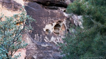 Red Rock Canyon - Petroglyph Wall