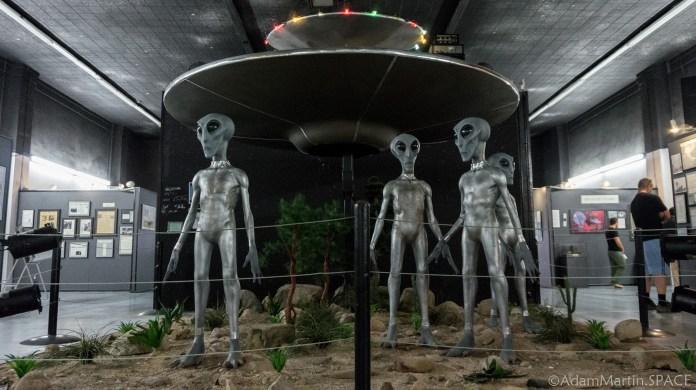 Roswell UFO Museum - Alien Landing