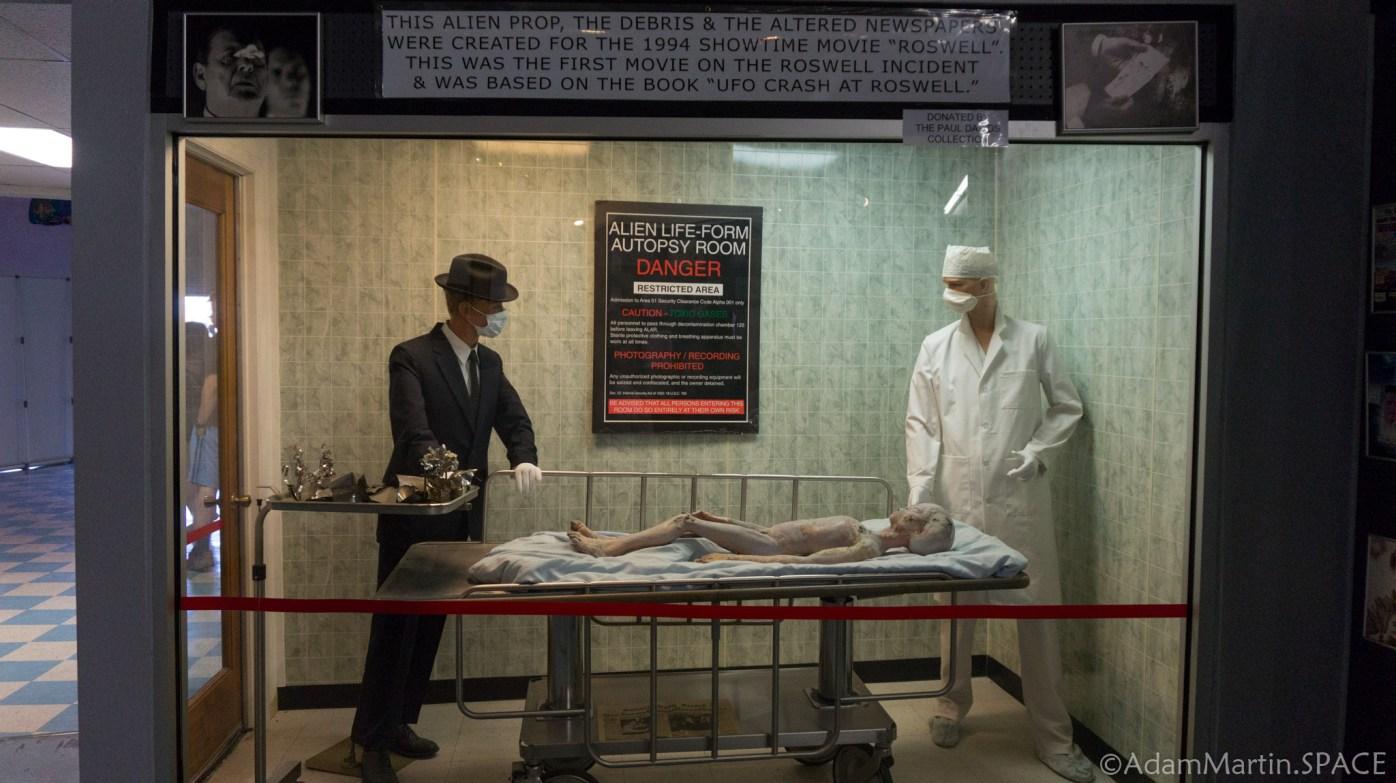 Roswell UFO Museum - Alien Autopsy