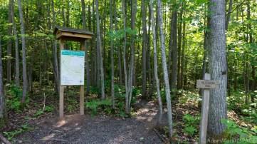 Lost Creek Falls - Signs at trailhead