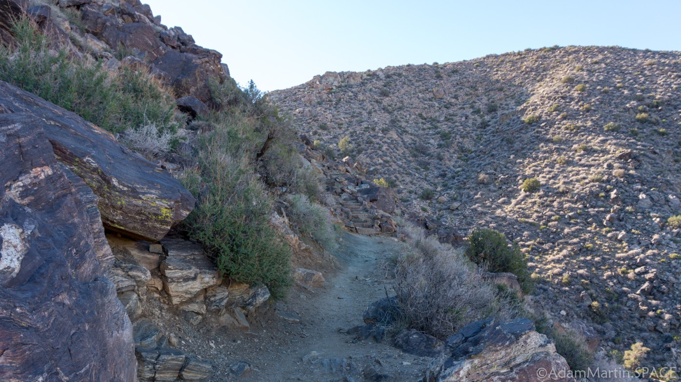 Joshua Tree - Climbing Ryan Mountain