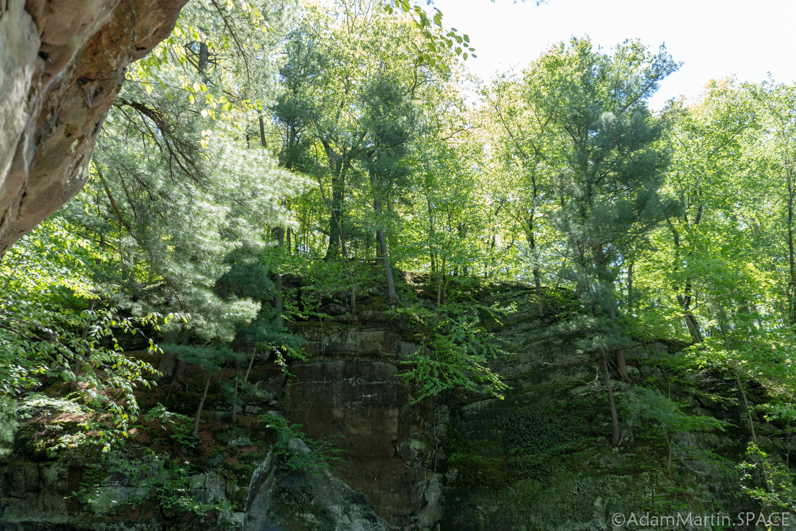 Pewits Nest State Natural Area – Cliffs on Lower Trail