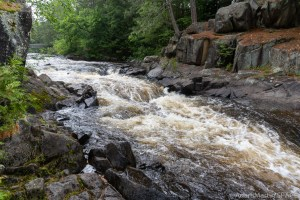 Dave's Falls – Main view of falls
