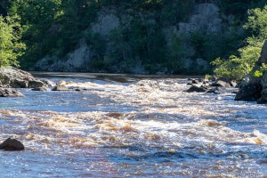 Black River Falls - Hwy K Rapids - River-level zoomed in view of largest rapids