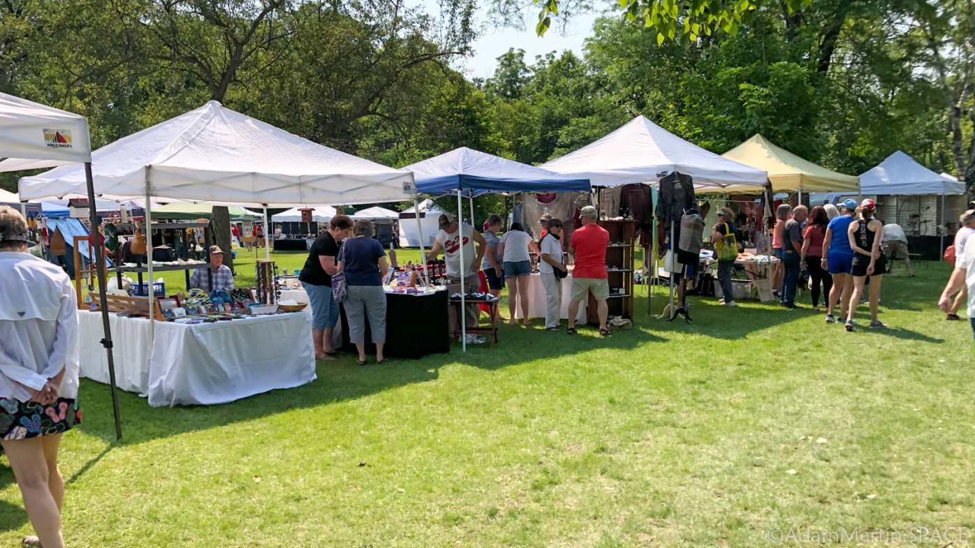 Art In The Park - Various arts and crafts for sale