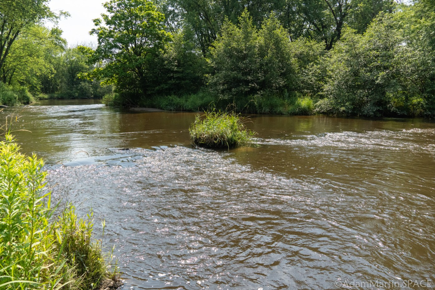 Amundson Park - Small ripples in river upstream of falls