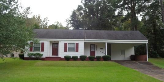 103 Cedar Lane Dr, Kosciusko, MS 39090