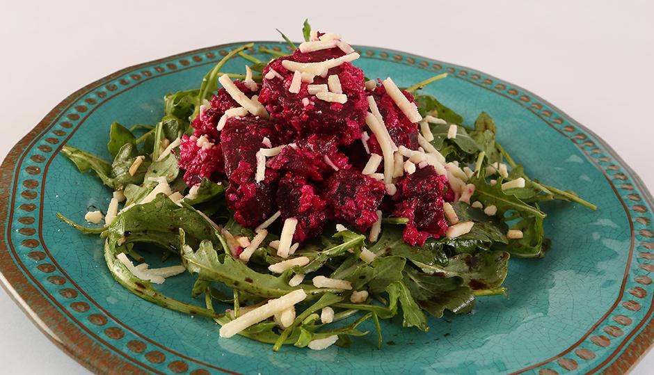 Adams Reserve Cheddar Beet Salad