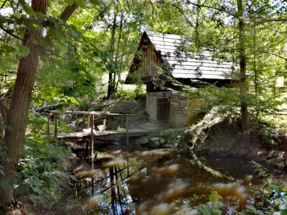 valasska dedina valasske muzeum v prirode roznov pod radhostem valassko cesko roznovske slavnosti 2019