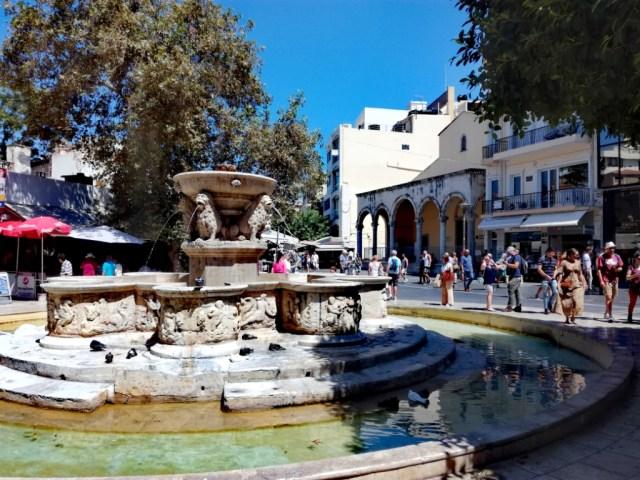 iraklio iraklion heraklion kreta grecko fontana morosini