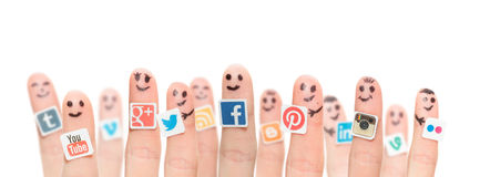 finger-popular-social-media-logos-printed-paper-belchatow-poland-august-happy-group-smileys-stuck-to-fingers-44809378
