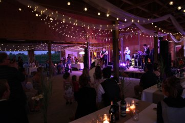wedding-dancing-IMG_5388