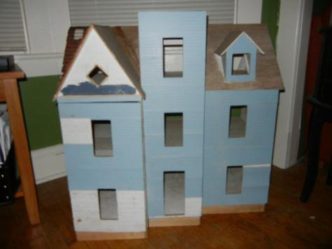 The dollhouse when I first purchased it.