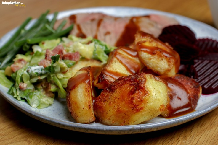 Roast Beef, Crispy Potatoes & Seasonal Veg p2