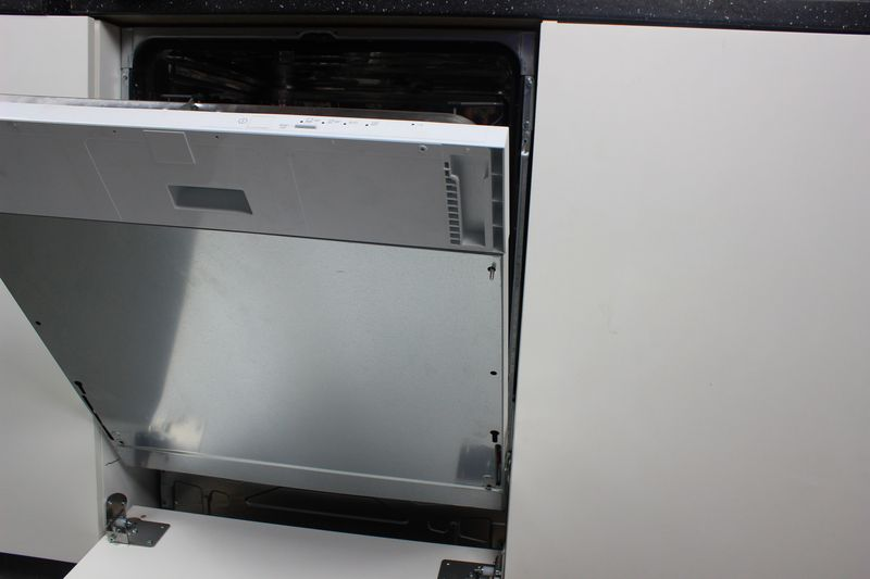 Fixation De La Façade Ikea Au Système Coulissant Pour Lave