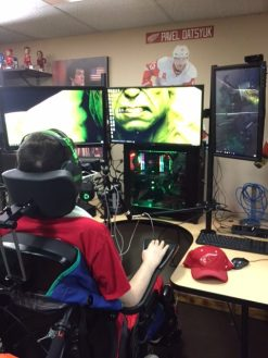 Rockynohands gear PC gaming set up twitch streaming live,Rockynohands Adaptive Gamer