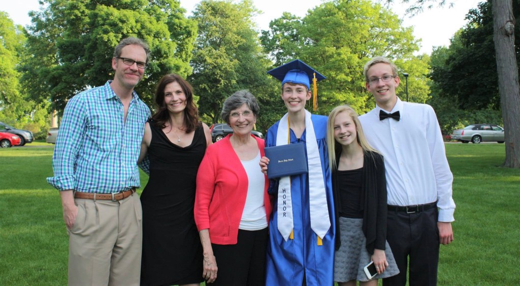 Moorman Family with Mom