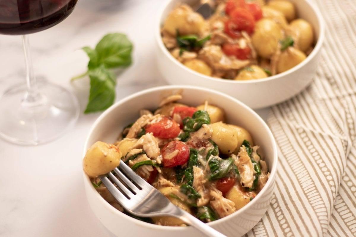 Tomato Gnocchi and Chicken Bowl
