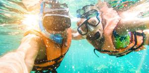 Cham Island Snorkelling & UnderwaterSea Trek